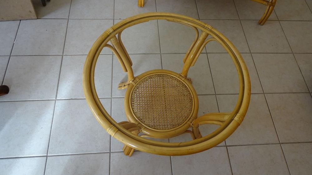 Table de salon en rotin 40 Ergué-Gabéric (29)