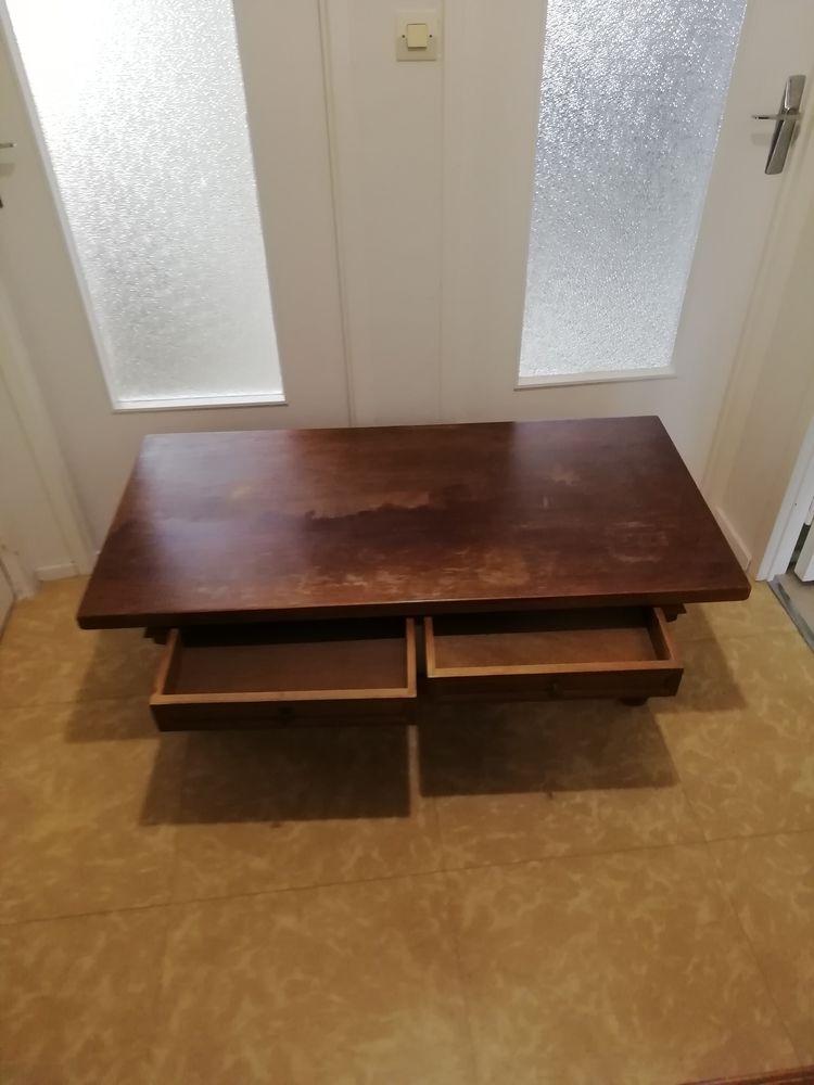 table de salon rustique  20 Bouguenais (44)