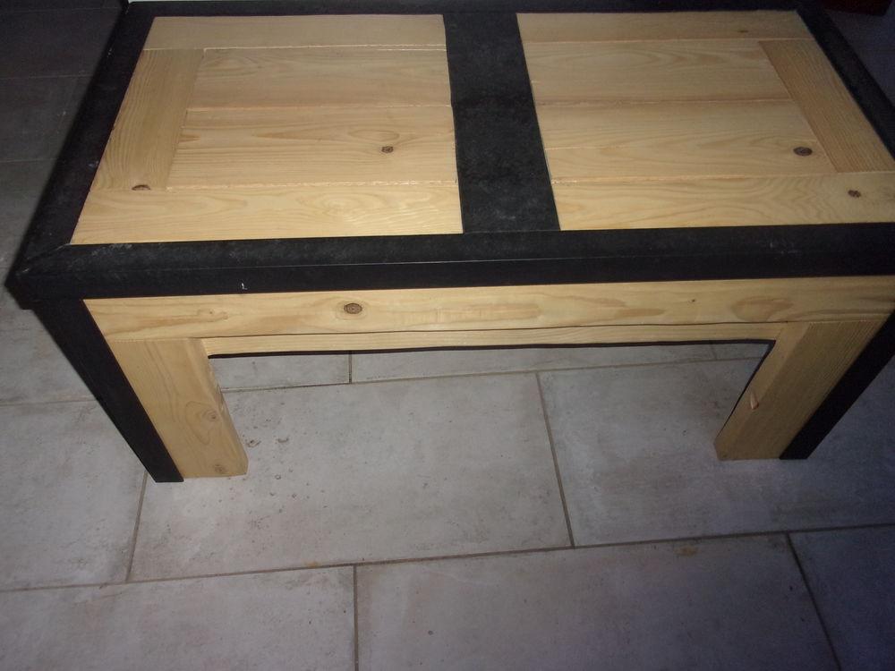 table de salon style industriel bois massif 98 cm de long et 100 Saint-Pierre-de-Bœuf (42)