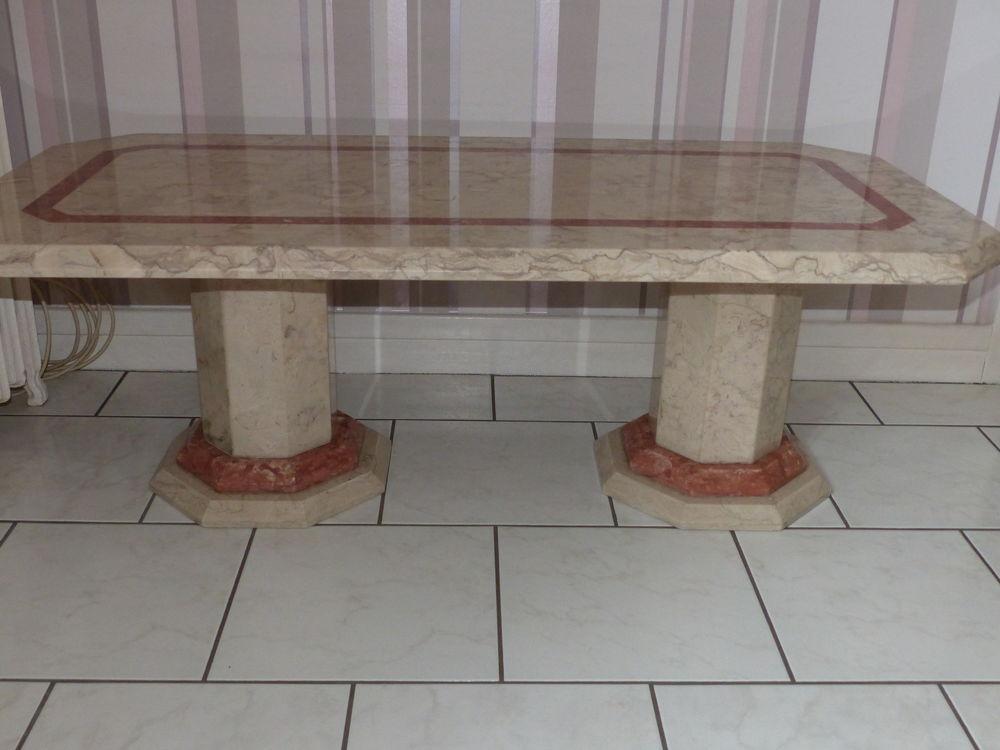 TABLE DE SALON EN VÉRITABLE MARBRE  80 Rouelles (76)