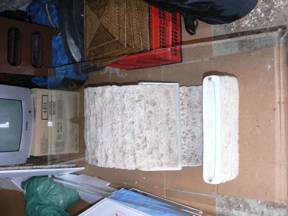Table de salon en verre et pierre 40 Roquebrune-Cap-Martin (06)