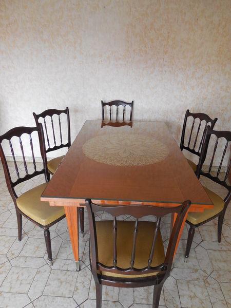 chaises occasion fr jus 83 annonces achat et vente de chaises paruvendu mondebarras page 4. Black Bedroom Furniture Sets. Home Design Ideas