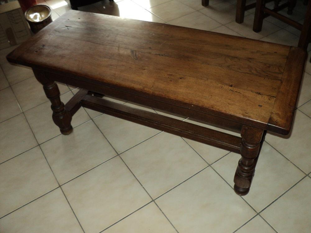 Table de salon 45 Nîmes (30)