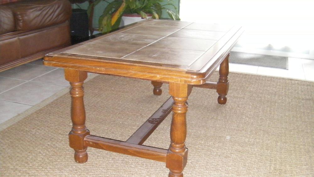 Achetez table de salon table occasion annonce vente le for Recherche table de salon