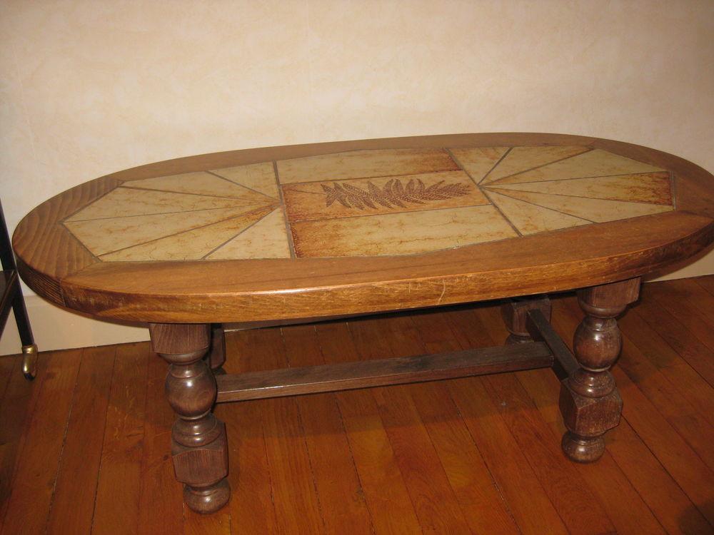 table de salon  30 La Monnerie-le-Montel (63)