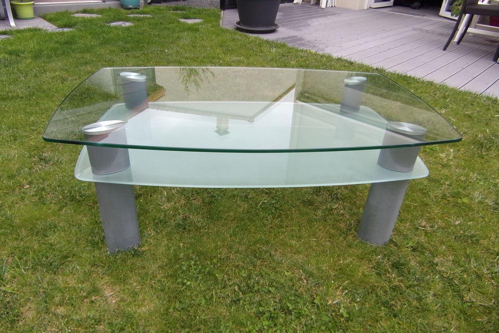 TABLE DE SALON 30 Le Loroux-Bottereau (44)