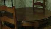 table sella à manger avec 4 chaises 100 Issy-les-Moulineaux (92)