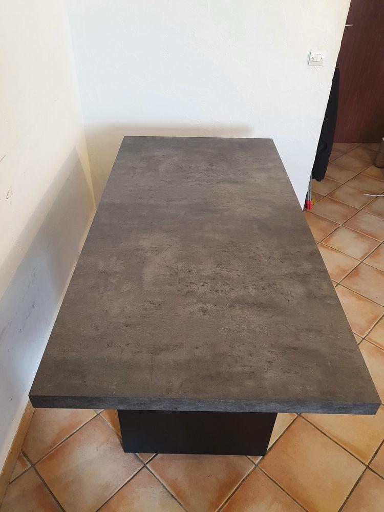 Table style hilo imitation béton 120 Bondy (93)