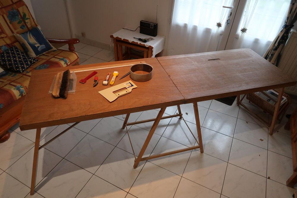 Table à tapisser complète. 15 La Teste-de-Buch (33)