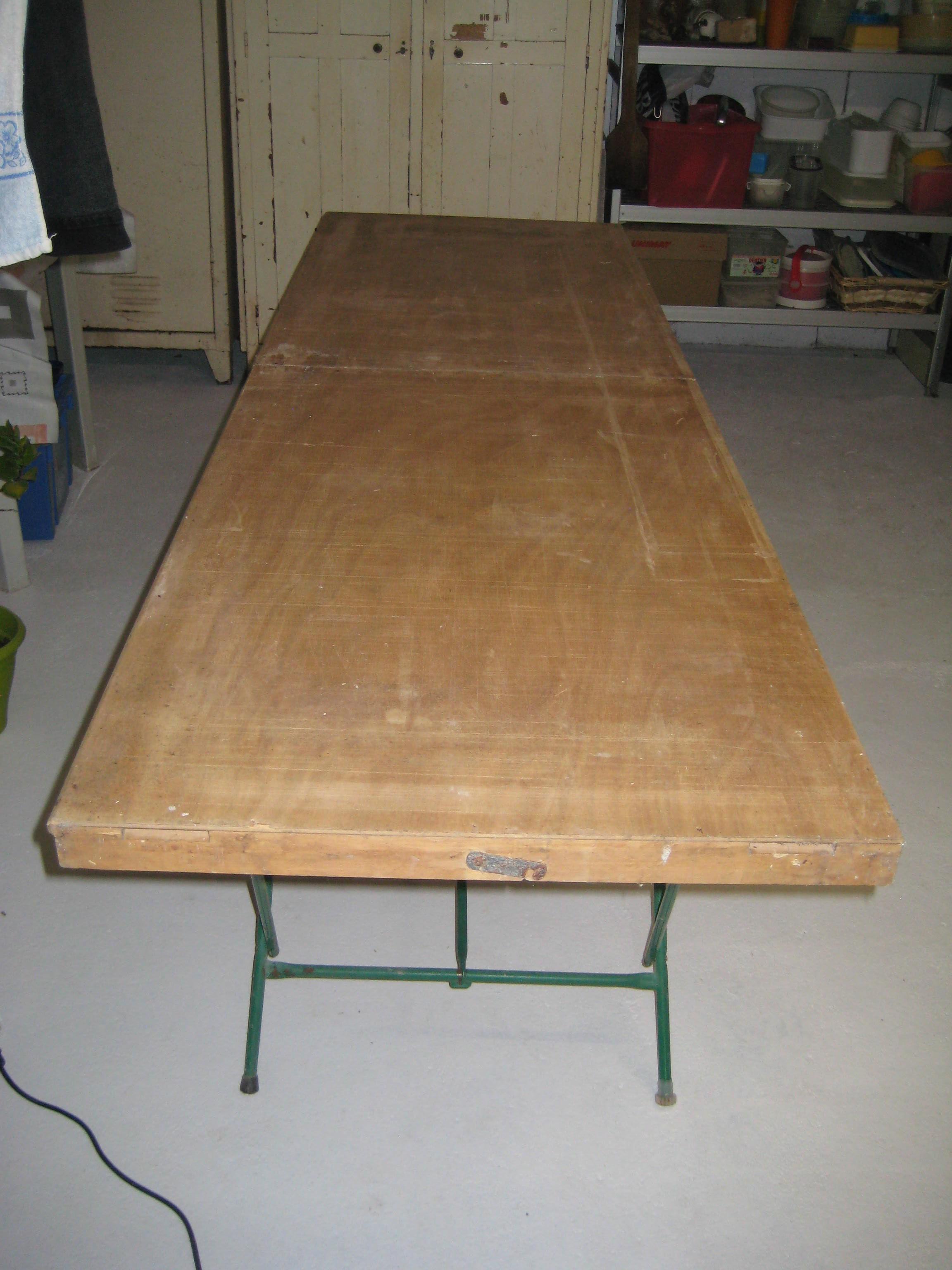 Achetez Table A Tapisser Pro Occasion Annonce Vente A Sainte
