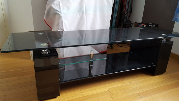 Tables basse occasion questembert 56 annonces achat for Table televiseur