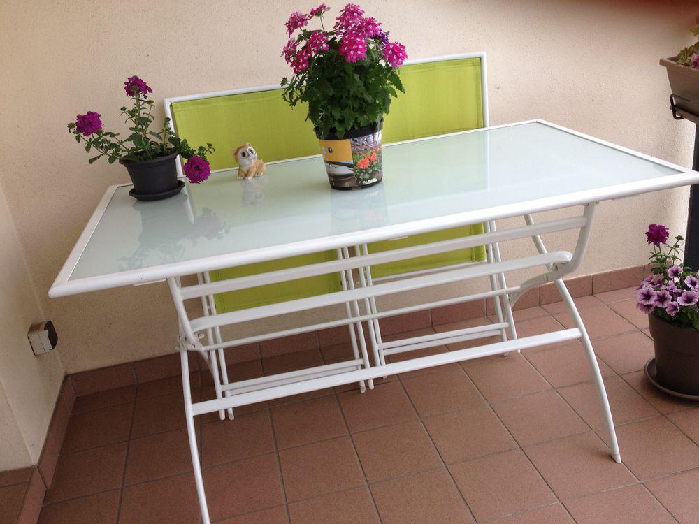 Table de terrasse + 4 chaises pliables  0 Nancy (54)
