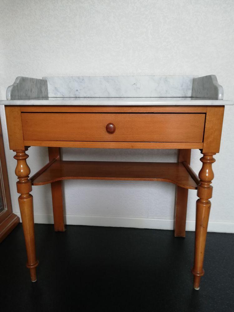 Table de toilette ancienne, dessus en marbre 100 Bizanos (64)