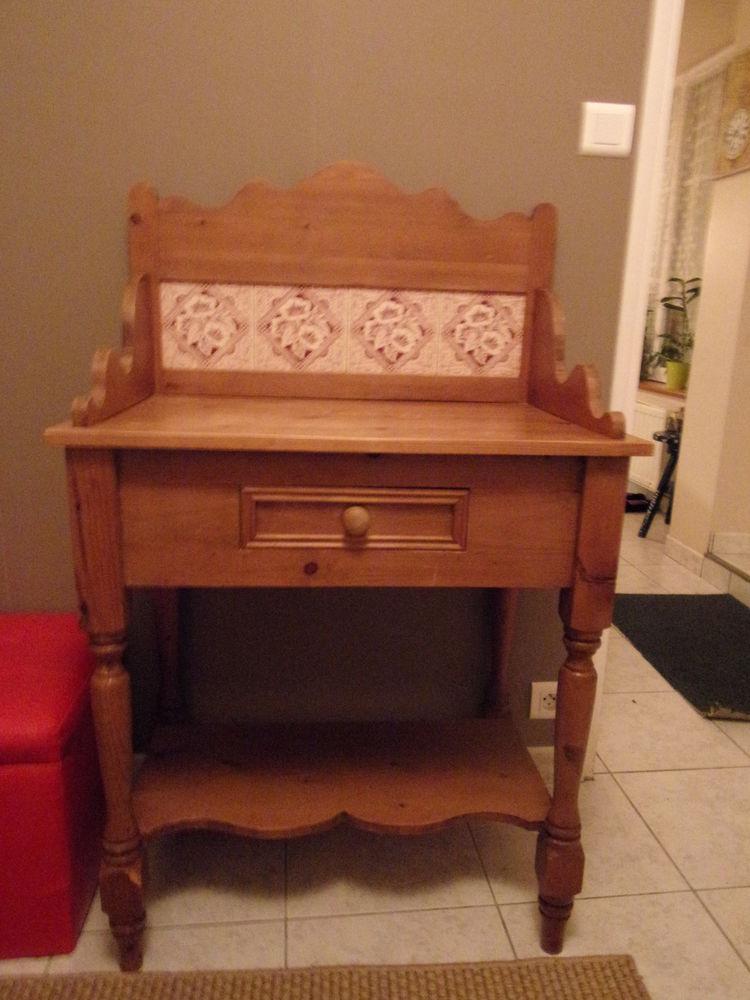 meubles en pin occasion saint brieuc 22 annonces achat et vente de meubles en pin. Black Bedroom Furniture Sets. Home Design Ideas