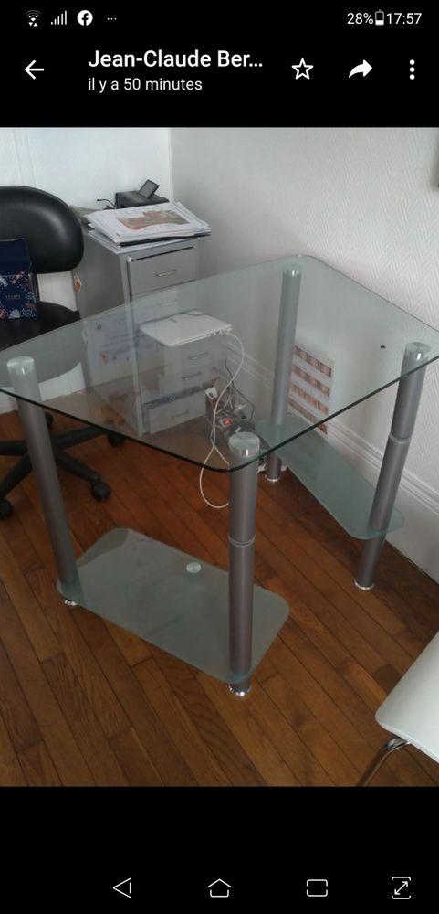 Table de travail en verre 30 Épinay-sur-Orge (91)