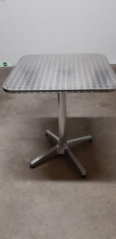 table type bistrot 6 Saint-Aubin-des-Ormeaux (85)
