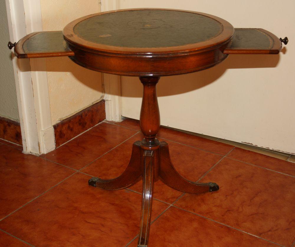 TABLE TYPE GUERIDON Meubles