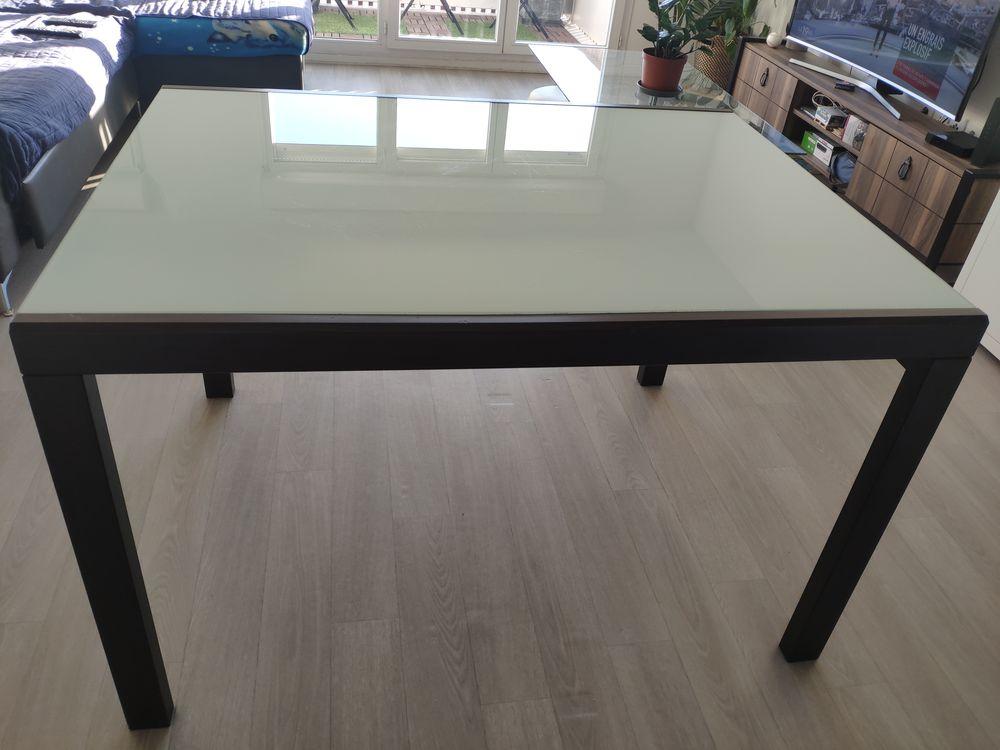 Table en verre avec pied en bois 90 Romainville (93)