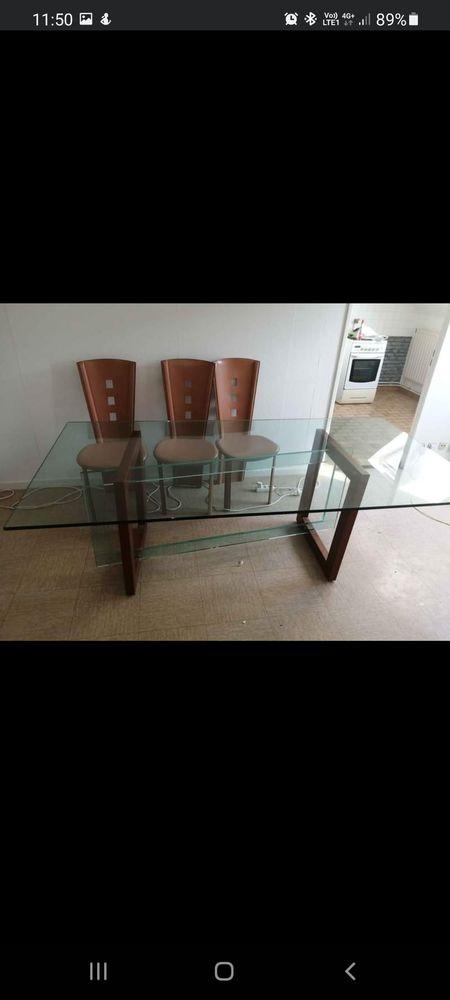 Table en verre et en bois et ses 6 chaises La Roche Bobois 1000 Le Havre (76)