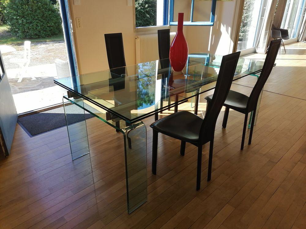 Table en verre + 4 chaises 500 Quimper (29)