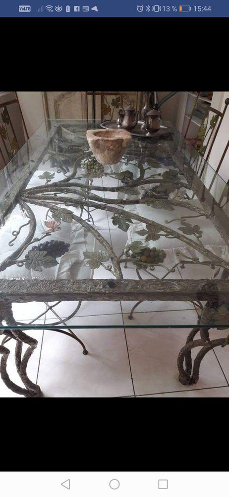 Table en verre en fer forgé ?uvre d'art + 6 chaises 0 Nîmes (30)