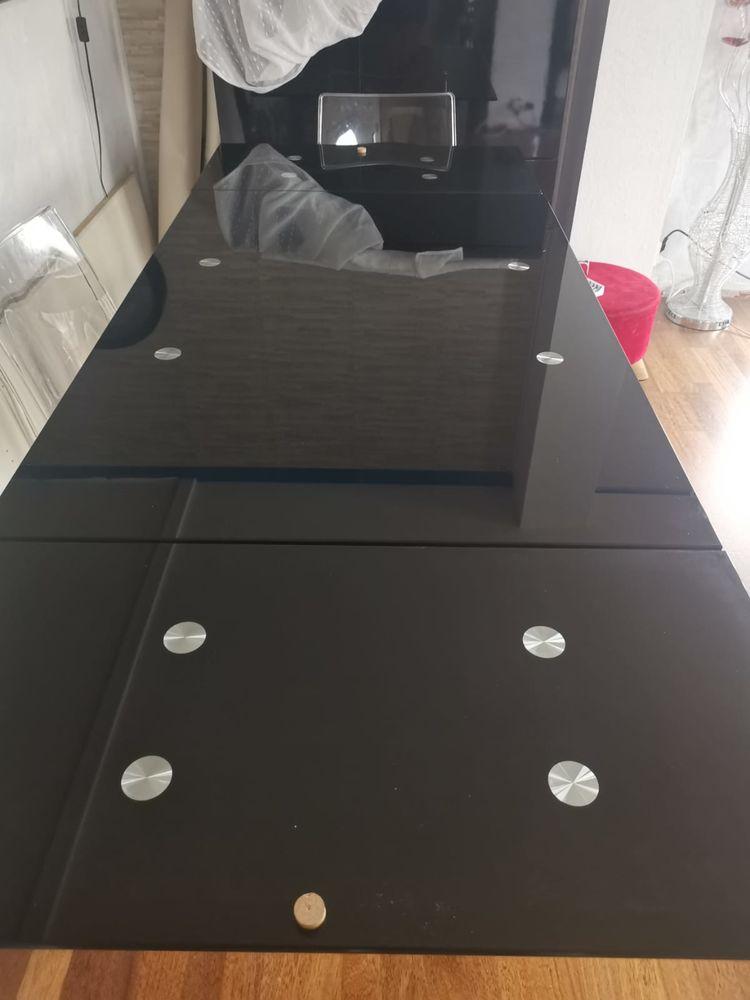 Table en verre Noir avec 2 rallonges intégrées 250 Noisiel (77)