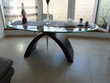 TABLE EN VERRE  DE SALLE A MANGER