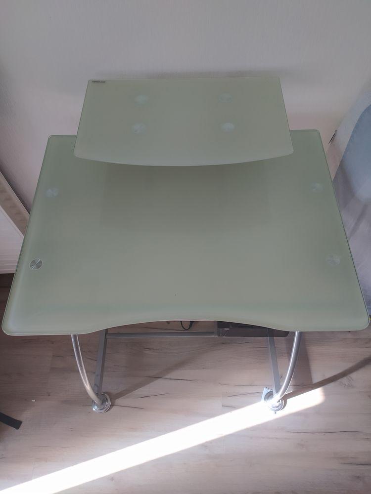 Table verre trempé 10 Talence (33)
