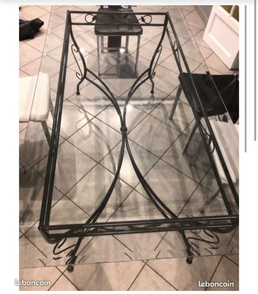 Table en verre  120 Saint-Étienne (42)