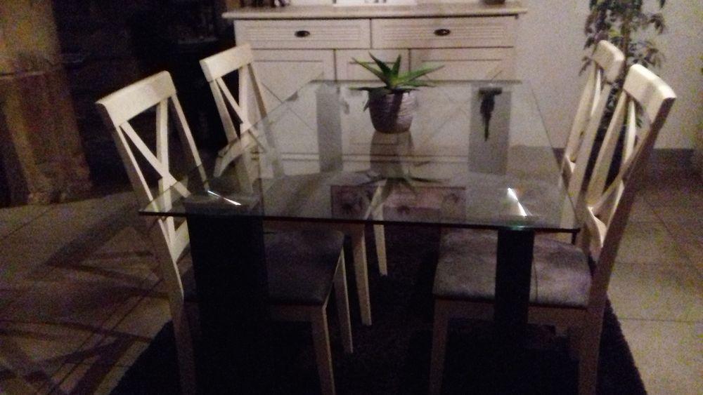TABLE  EN VERRE 50 Quimperlé (29)