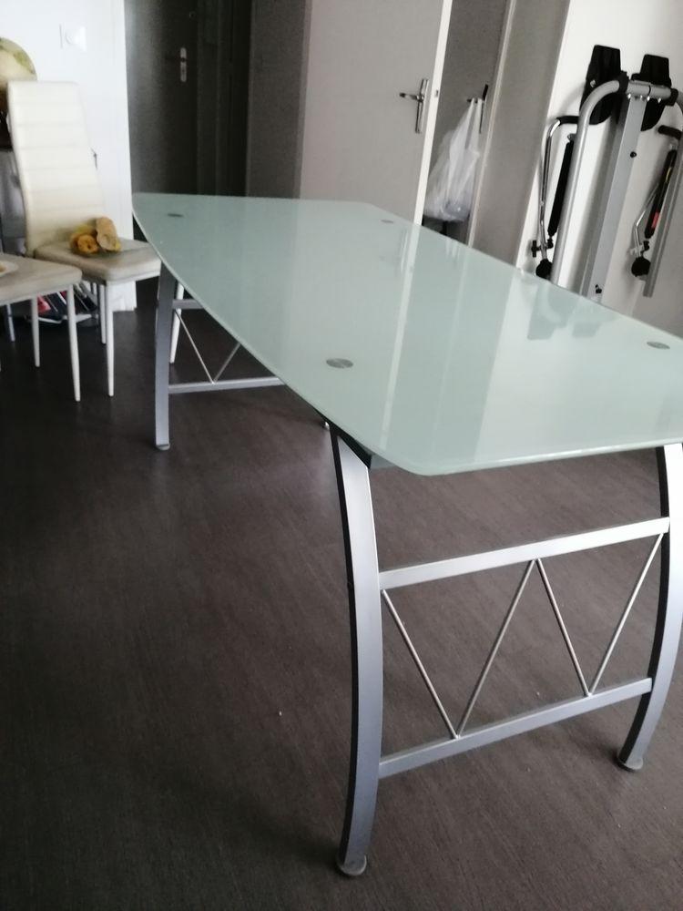 Table en verre  70 Arles (13)