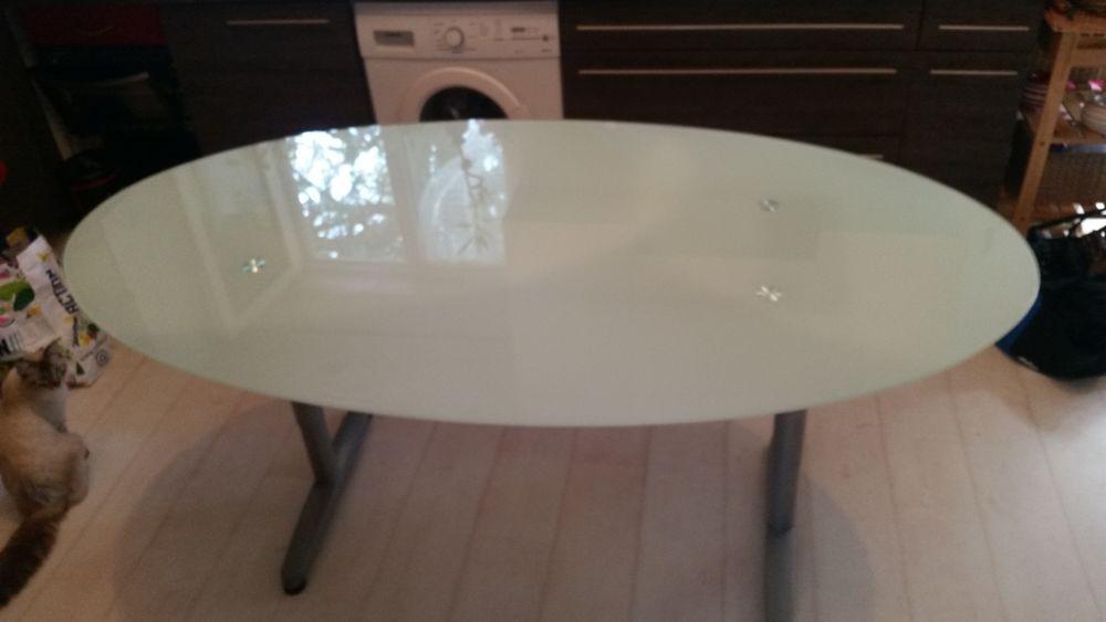 Table en verre 89 Toulouse (31)