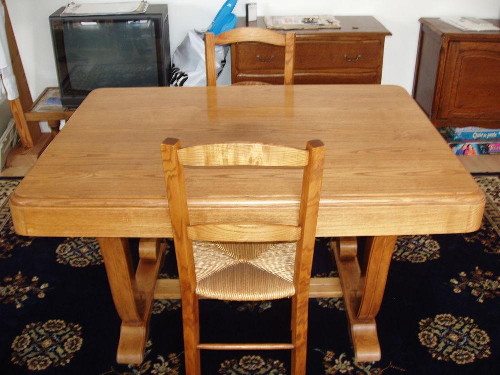 Table  250 Bourgueil (37)