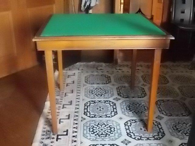 Table de jeu 90 Issy-les-Moulineaux (92)