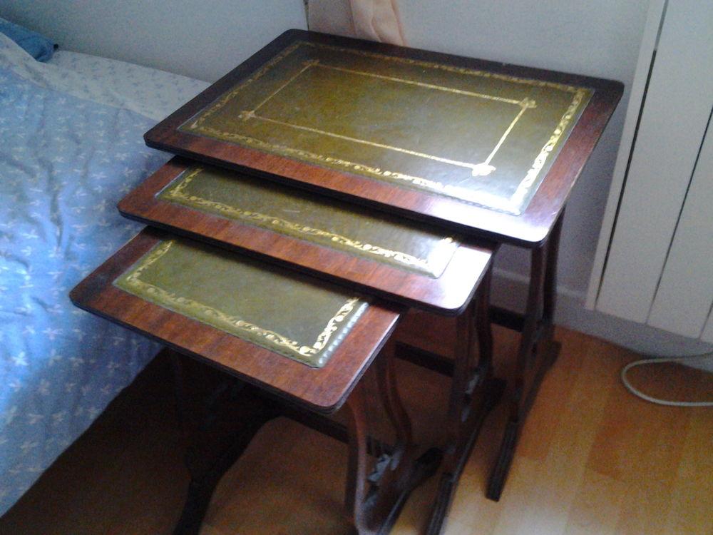 Tables basses gigognes 0 La Grande-Paroisse (77)