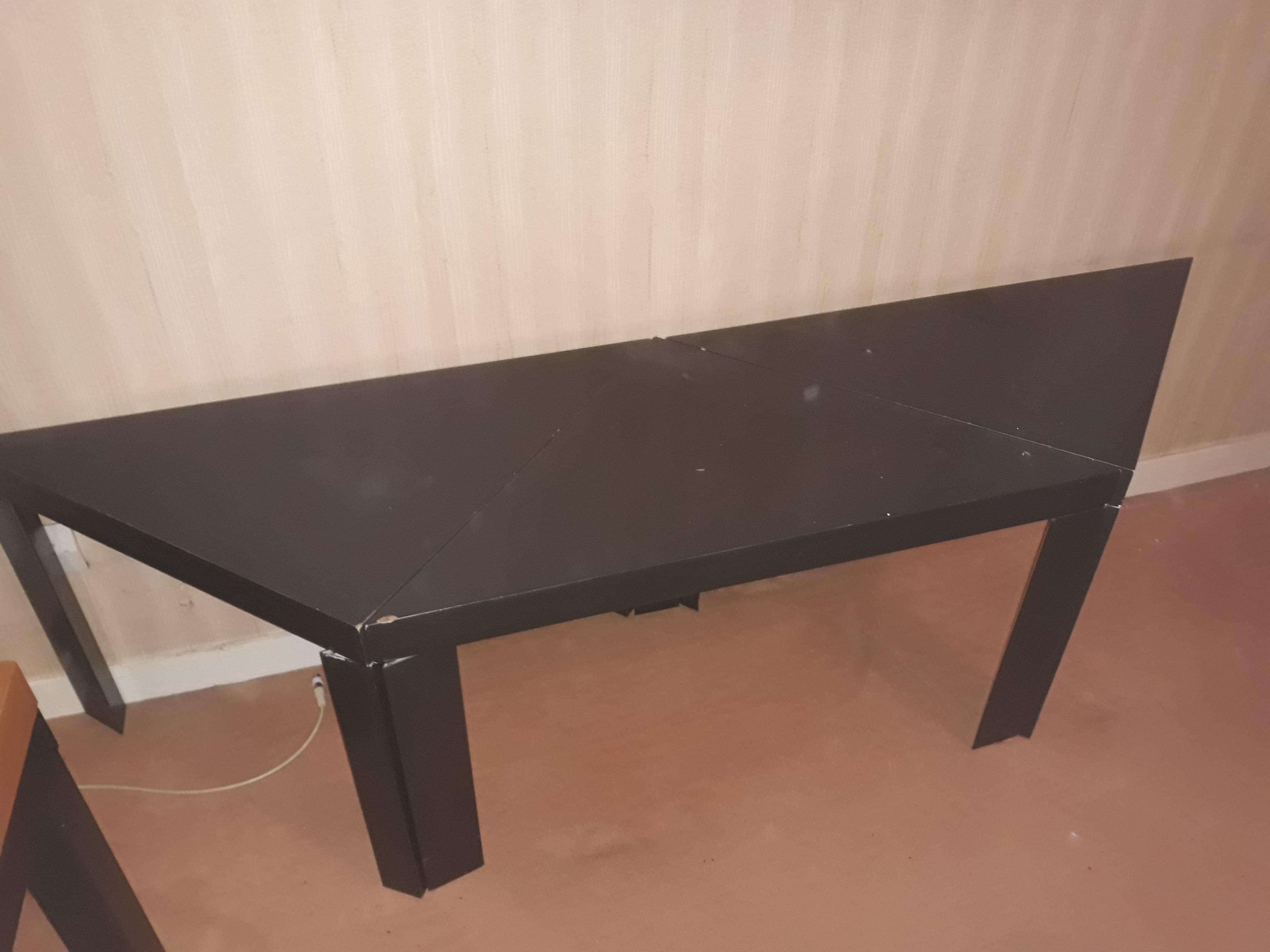 3 TABLES BASSES NOIRES 35 Brunoy (91)