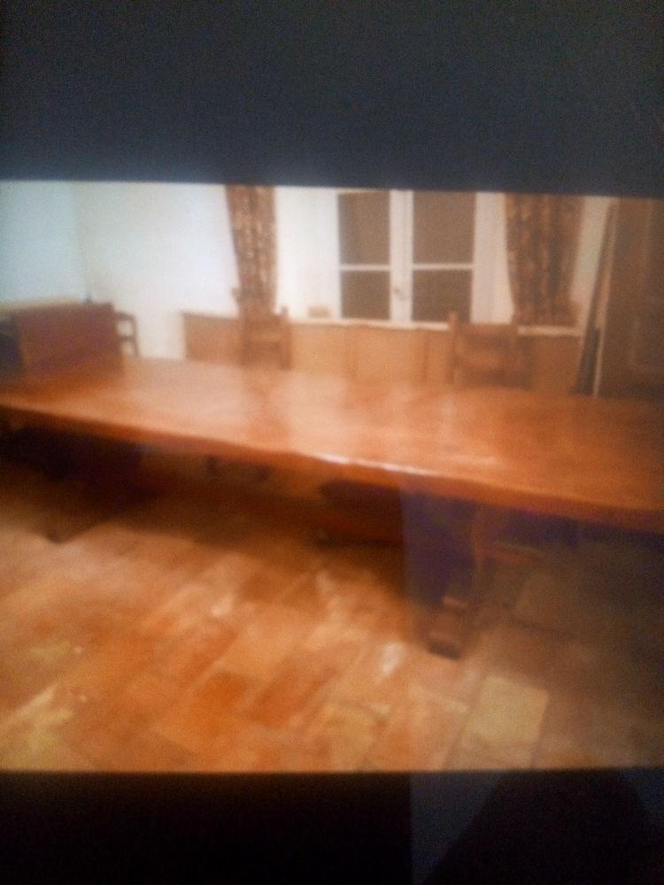 2 tables bois massif 2800 Saint-Martin-de-Crau (13)