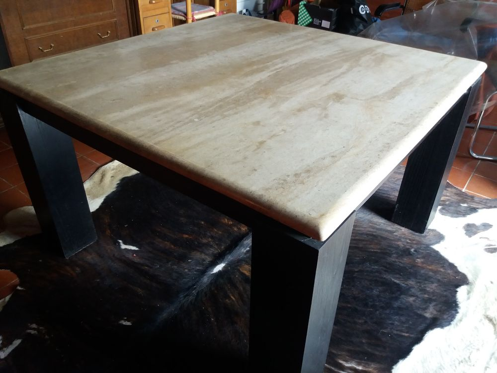 2 Tables carrees 300 Plougastel-Daoulas (29)