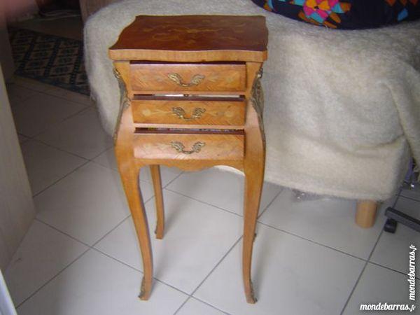 tables de chevet 60 Fréjus (83)