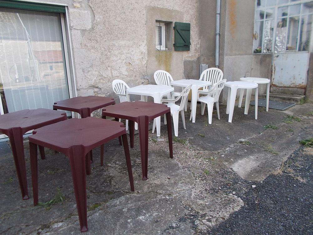 lot de tables p v c faire prix  189 Saran (45)