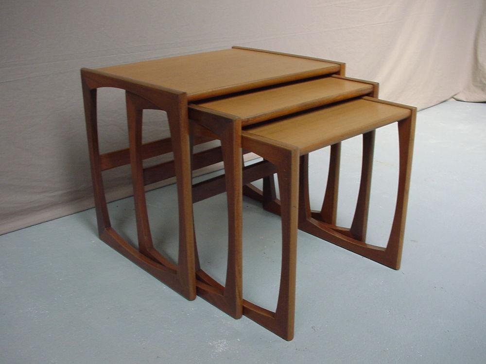 tables teck occasion dans la sarthe 72 annonces achat et vente de tables teck paruvendu. Black Bedroom Furniture Sets. Home Design Ideas