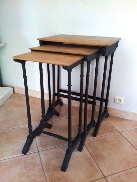 3 tables gigognes 80 Pont-Saint-Esprit (30)