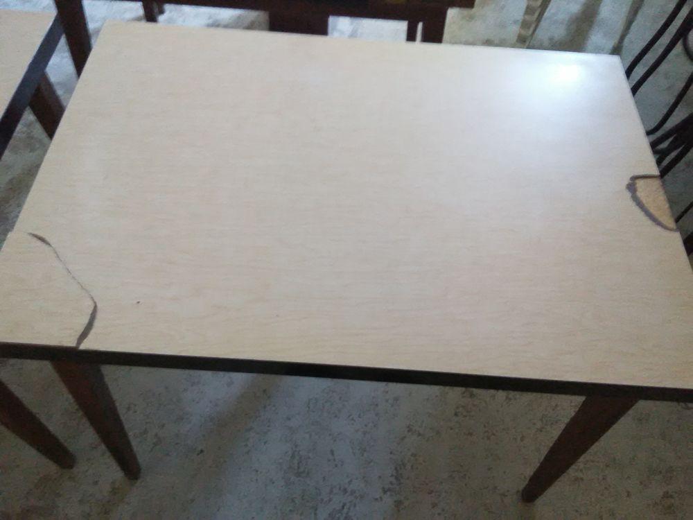 9 tables bar vintage en formica 450 Perrecy-les-Forges (71)