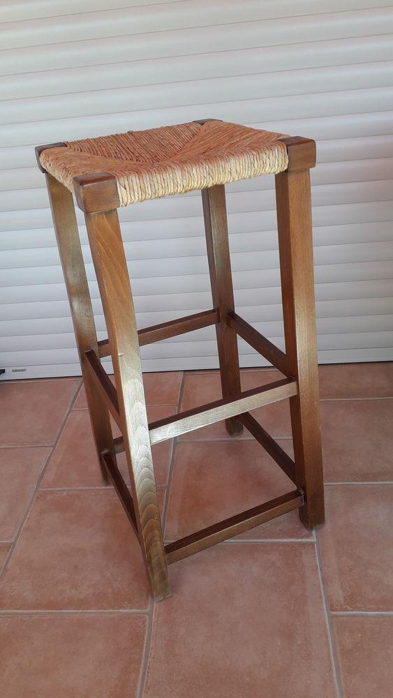Tabouret haut en bois et paille 65 Salon-de-Provence (13)