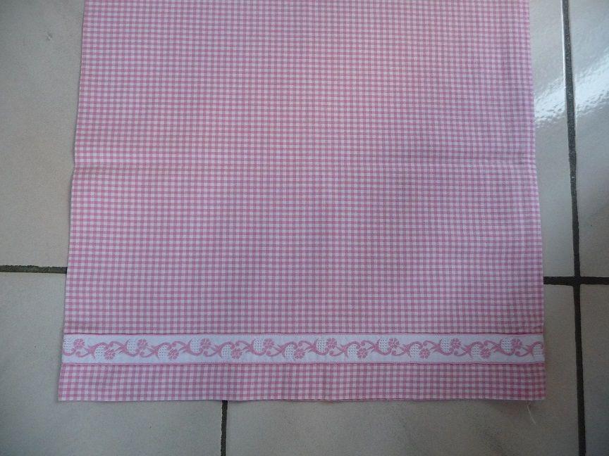Taie de traversin vichy rose et blanc 10 Montigny-le-Bretonneux (78)