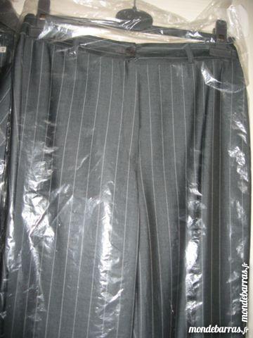 tailleur femme veste + pantalon 30 Étréchy (91)