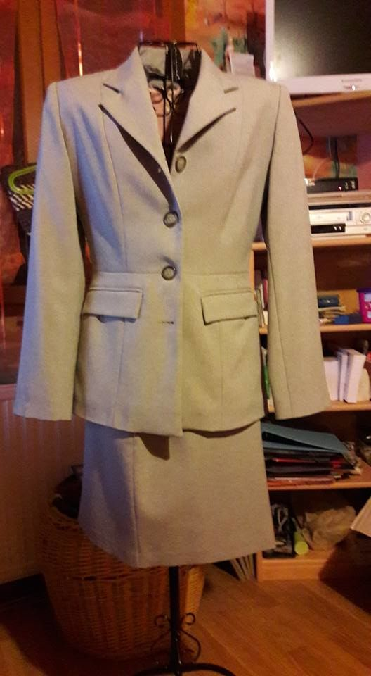 tailleur gris taille 38 15 Ruy (38)