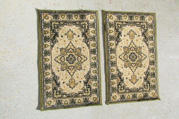 2 tapis identiques 40 x 70 cm , vert et or 140 Paris 11 (75)