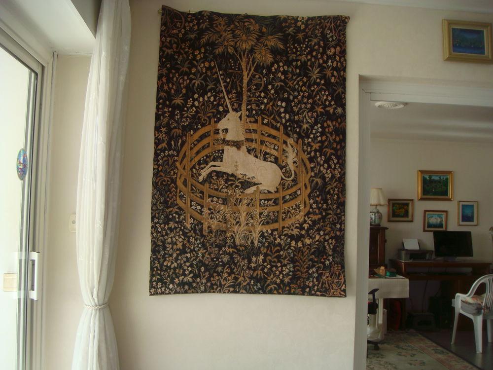 Tapisserie  de collection  La Licorne  400 Nimes (30)