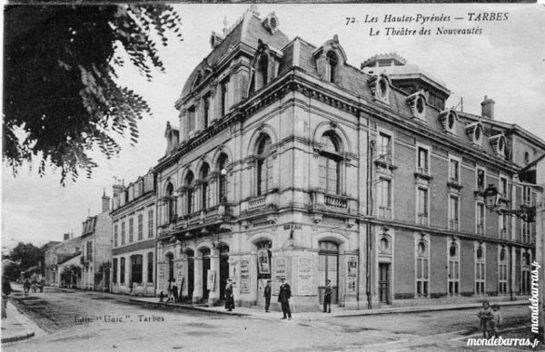 CPA Tarbes le théâtre 4 Artagnan (65)